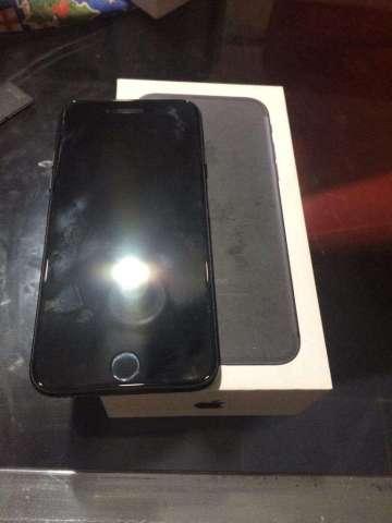 iPhone 7 Jet Black 32Gb en Caja