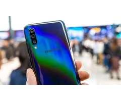 Samsung A50 4gb/64gb Nuevo sin Uso 3 Cam