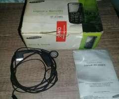 Samsung con  Bateria Y Cargador Y Caja