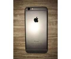 Vendo iPhone 6. Tiene 64Gb. Bateria:100%