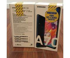 Samsung A70 128gb,nuevos en Caja Sellada
