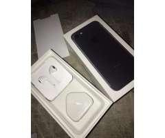 Iphone 7 32gb negro mate libre sin detalles